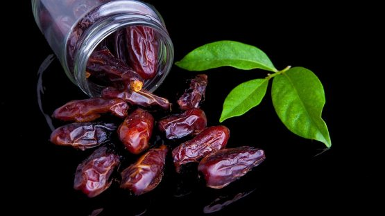 Dates Nutritional Value and 12 Health Benefits