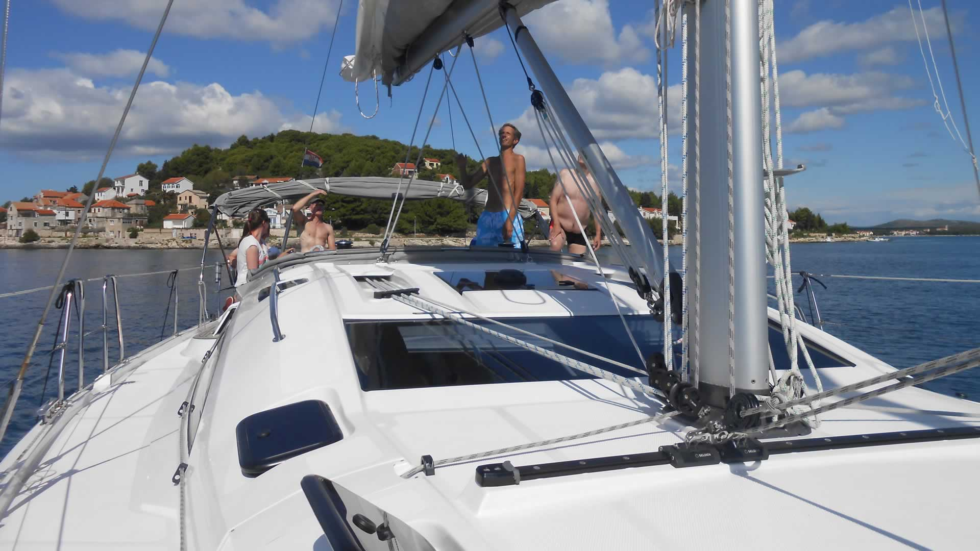 Single Sail and Sun, Kroatië