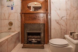 1103 Garden St. - bathroom