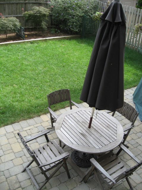 123 Willow Ave 1 - patio