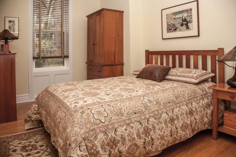 1022 Hudson St 1 - bedroom