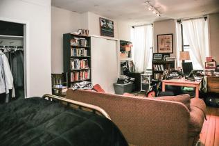 1021 Garden Street bedroom