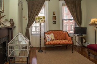 1009 Willow Avenue #2R - bedroom 1