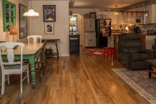 1037 Park Ave - dining