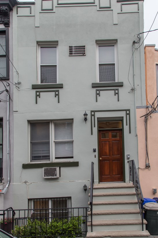 209 8th St #1 - front tall