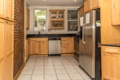 120 Monroe St #2 - kitchen