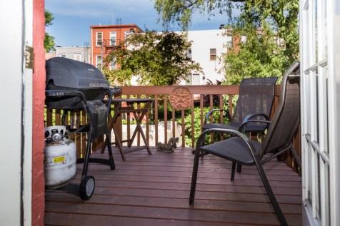 736 Garden St #2 - Deck