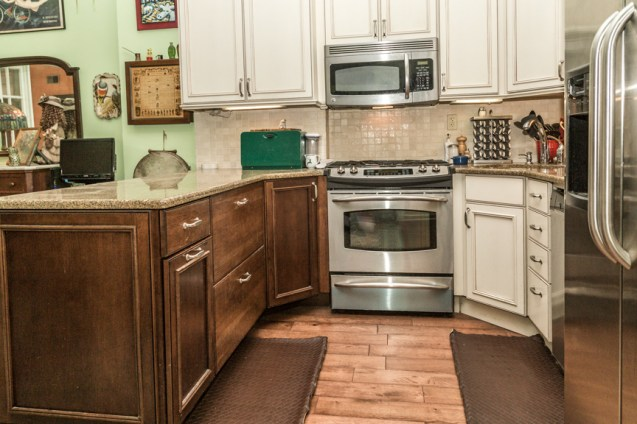 736 Garden St #2 - Kitchen