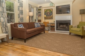 509 Garden St #1 - Living Room