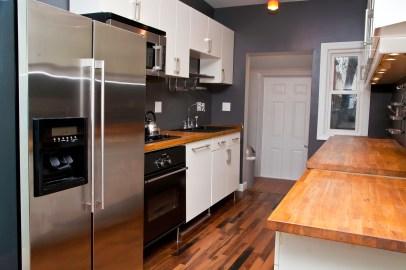 276 Webster Ave - Kitchen