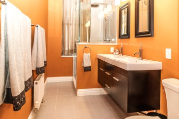 825 Willow Ave - bathroom 3