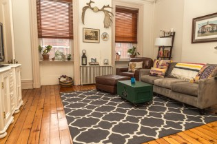 828 Washinghton St Apt 3 - living room