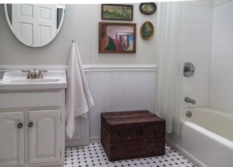 717 Garden St - bathroom 2