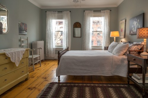 717 Garden St - bedroom 1