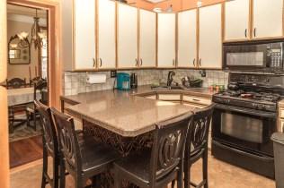 325 Park Ave - kitchen