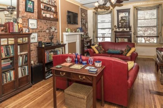 325 Park Ave - living room 2