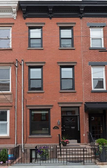 817 Garden St - front tall
