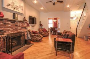 533 Park Ave - Living Room 5