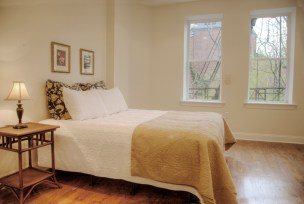 815 Washington St #4 - bedroom 1