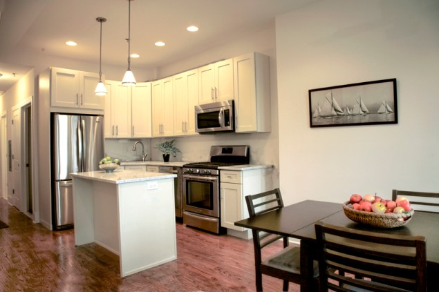 815 Washington St #4 - kitchen - dining