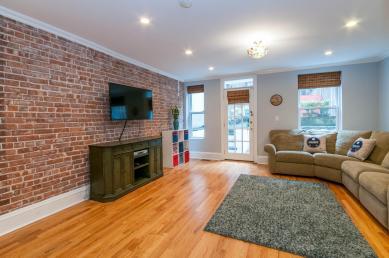1111 Bloomfield St Hoboken NJ-large-023-20-Family Room-1500x997-72dpi