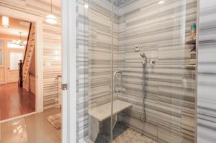 161 13th St - Master Bath (2)