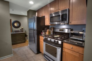 920 Jefferson St #304 - kitchen 2