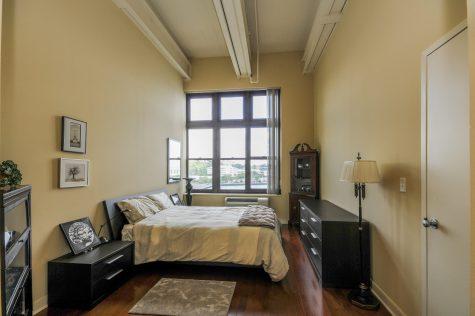 1500-washington-st-5f-master-bedroom