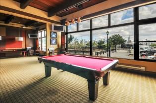 1500-washington-st-5f-residents-lounge-2