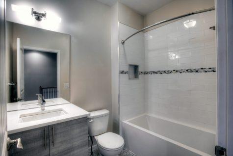 366-ogden-2-bath2