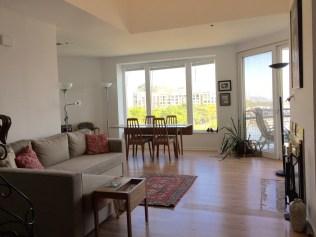 600-harbor-blvd-1001-living-room
