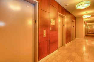 1500 Washington St 7M elevators