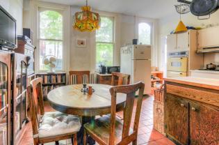 526 Bloomfield St kitchen 2