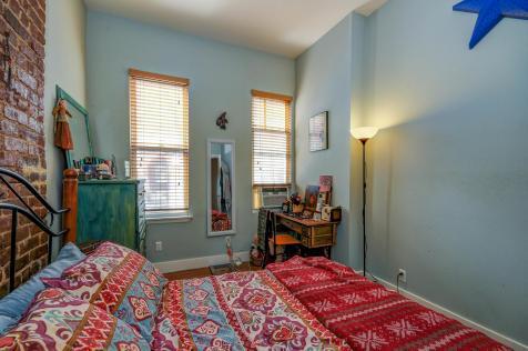 309 Monroe St #3 - bedroom 1
