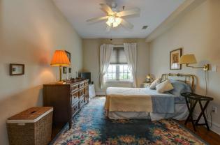904 Jefferson St 6G bedroom 2 2