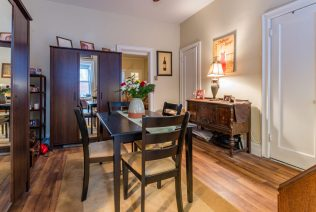 907 Washington St - 02 Apartment dining room