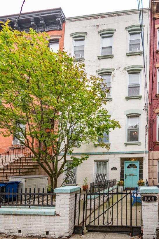 1008 Garden St Hoboken NJ-large-003-1-DSC 7226-665x1000-72dpi