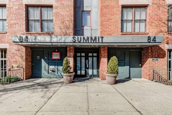 84 Adams St Hoboken NJ 07030-small-026-23-DSC 7493 4 5-666x448-72dpi