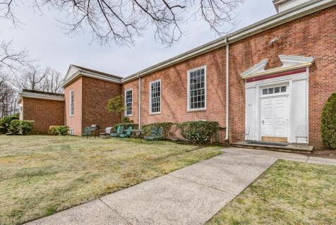 61 Church St Teaneck NJ 07666-large-012-6-DSC 7310 1 2-1490x1000-72dpi