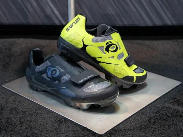 Look Less Shoe Blogs