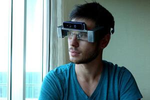CEO Meron Gribetz models Meta developer version