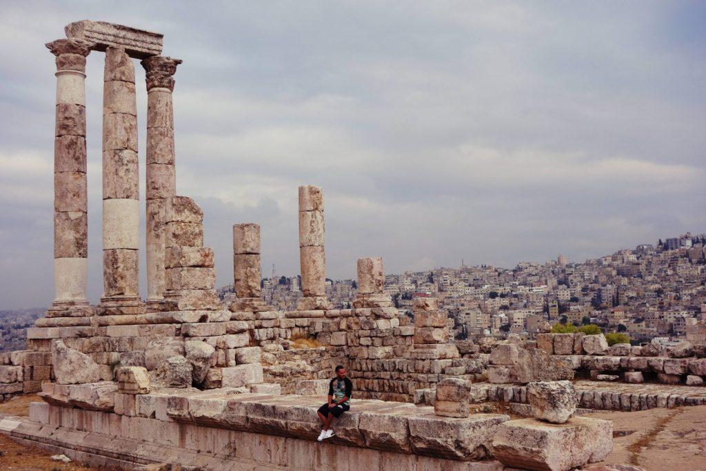 Templo de Hércules en la Citadel. Que hacer en Jordania