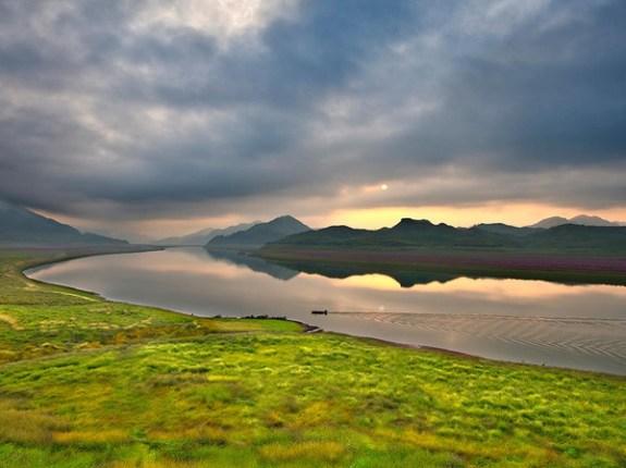 The upper stretches of the Yalu River; image via Xinhua.