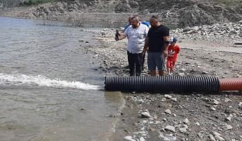 Sinop'ta rekor balıklandırma: 1 milyon 150 bin yavru sazan baraj, göl ve göletlere bırakıldı