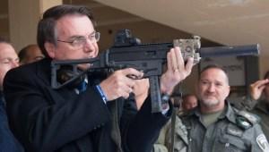 Senado aprova projeto para sustar decreto das armas de Bolsonaro