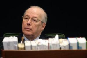 Atrevimento de Bolsonaro não tem limites, diz Celso de Mello sobre vídeo das hienas