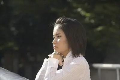 上京 女性