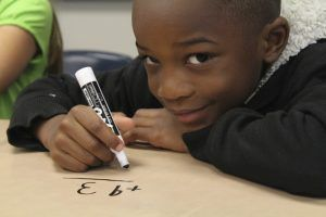 aider un enfant à apprendre les maths