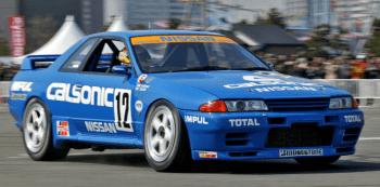 スカイラインGT-R R32 4WDコーナー