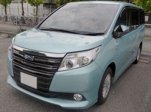 640px-Toyota_NOAH_HYBRID_G_(ZWR80G)_front
